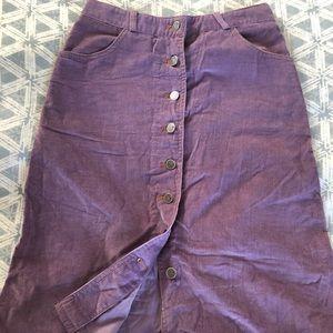 Lilac button down corduroy skirt w pockets, size 4